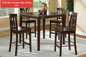 •COUNTER•HEIGHT•TABLE•SET for Sale in Running Springs, CA