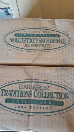 Longaberger traditions collection fellowship basket 1997 edition for Sale in Columbus, OH