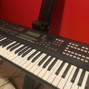 Yamaha Moxf6 for Sale in Pompano Beach, FL