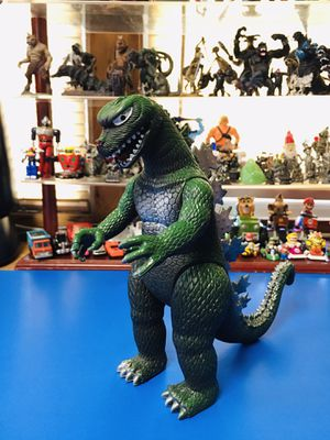 "Bootleg/replica articulated Vintage 1985 imperial Godzilla large 9"" Movie Monster Action Figure Toy Imperial for Sale in Hawthorne, CA"