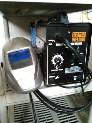 Welder for Sale in Cleveland, OH
