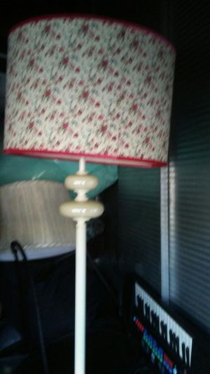 Antique with crystal vase tall lamp for Sale in Henderson, NV