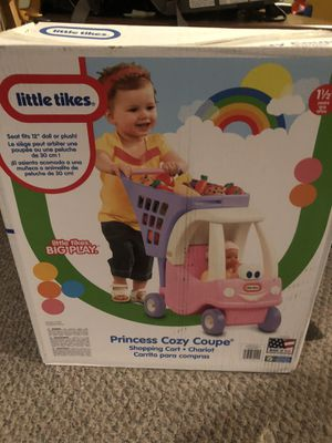 Princess cozy coupe toy for Sale in Howell Township, NJ