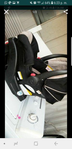 Graco car seat for Sale in Phoenix, AZ