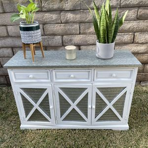 Farm House Tv Stand (modern) for Sale in Brea, CA