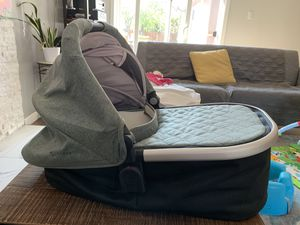 Uppababy Bassinet for Sale in Redwood City, CA
