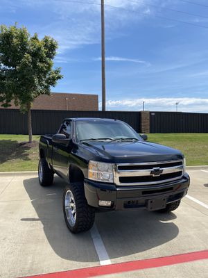 Chevy Silverado 09 for Sale in Fort Worth, TX