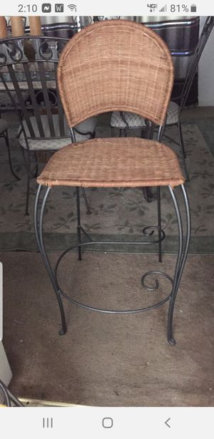 4 Bar Stools for Sale in Sanford, NC