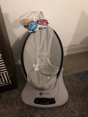 Mamaroo baby swing for Sale in Arcadia, CA