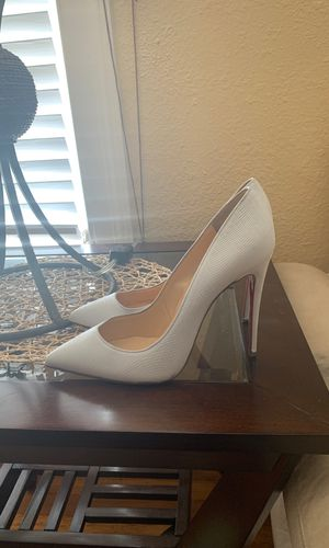Red Bottoms Size 9 for Sale in Houston, TX