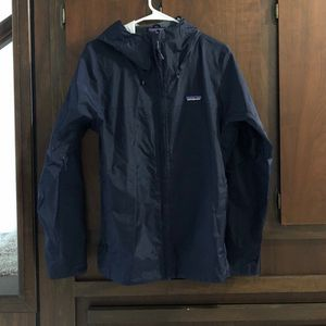 Womens xsmall patagonia rain jacket for Sale in Tacoma, WA