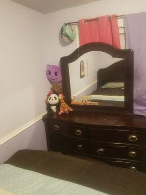Bedroom set for Sale in East Wenatchee, WA
