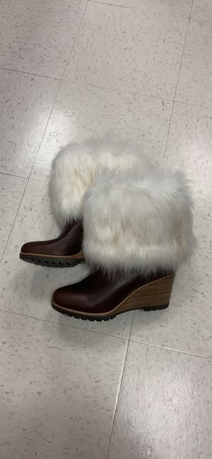 Sorel fur brown leather boots for Sale in Alexandria, VA