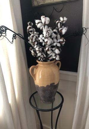 Southern living at home vase. for Sale in Puyallup, WA