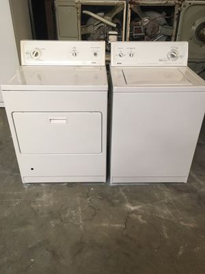 Set washer and dryer brand kenmore gas dryer everything is good working condition 90 days warranty delivery and installation for Sale in San Lorenzo, CA