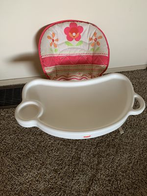 Baby/toddler booster seat/mini high chair for Sale in Kennewick, WA