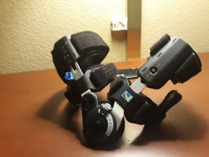 Orthopedic knee brace for Sale in Riverside, CA