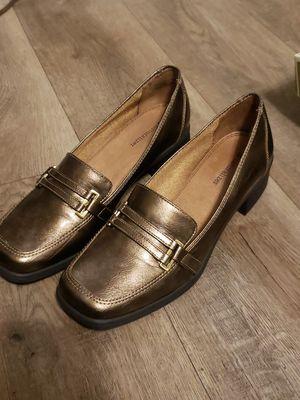 Women's Naturalizer Shoes Benatar N. Bronze size 9 EUC for Sale in Norfolk, VA