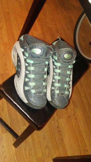Reebok Questions , Rare Shoe 💯 for Sale in Columbus, OH