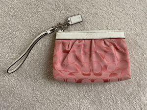 """""""Coach"""" wristlet/wallet for Sale in Huntley, IL"""