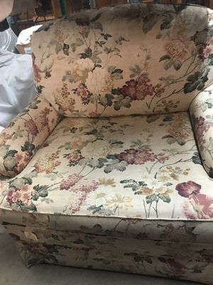 Chair and ottoman for Sale in Wichita, KS
