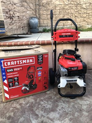 Craftsman 3000 Psi 2.5 Gallon GPM cold water has pressure washer with briggs&engine carb for Sale in Fontana, CA