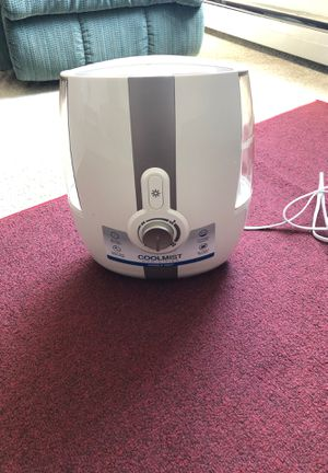 Humidifier-$10 for Sale in Hoffman Estates, IL