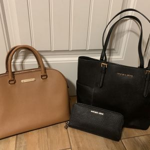 Michael Kors Bags for Sale in Redlands, CA