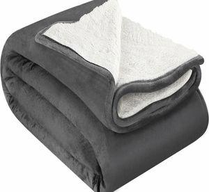 Fleece Reversible Blanket Twin/Throw/Queen/King for Sale in Los Angeles, CA