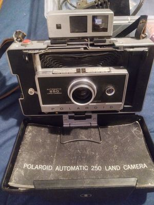 1960s POLAROID AUTOMATIC 250 for Sale in Bakersfield, CA