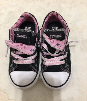 Hello Kitty Toddler girls shoes sz 9 for Sale in Hialeah, FL