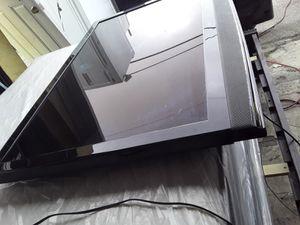 """60"""" inch TV flat screen auria for Sale in Hialeah, FL"""