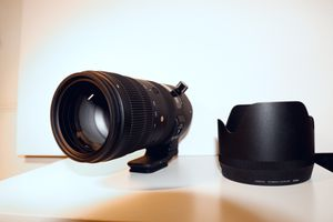 Sigma 70-200mm F2.8 Sports DG OS HSM for Canon for Sale in Bellevue, WA