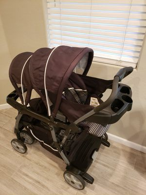 Graco Ready2Grow Sit n Stand Double Stroller for Sale in Gilbert, AZ