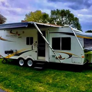 Palomino Rvs for Sale in Huntington Park, CA