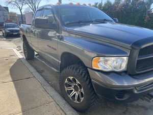 2004 Dodge Ram 2500 5.7 for Sale in Providence, RI
