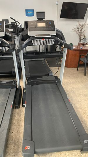 Proform Pro 5000 Treadmill!! Commercial Deck! High weight capacity (300lbs) for Sale in Huntington Park, CA