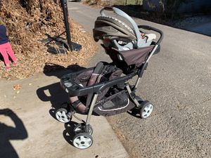 Graco Double Stroller with Car Seat for Sale in Denver, CO