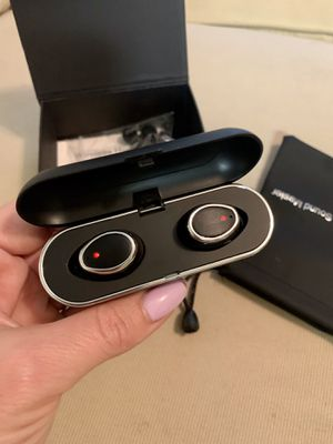 Wireless Earbuds Bluetooth with charging case for Sale in San Diego, CA