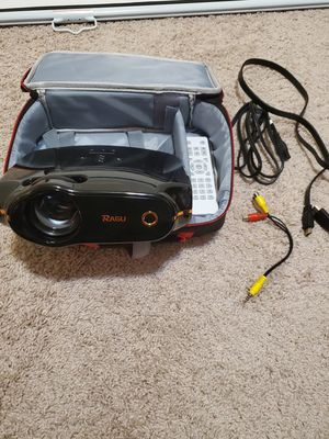 Projector+mount+screen+hdmi cable for Sale in Gresham, OR