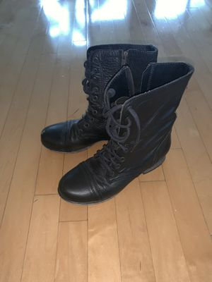 Women's combat boots for Sale in Miami, FL