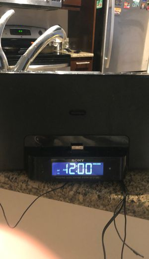 Sony Home Docking system Ihome iphone port radio music for Sale in San Diego, CA