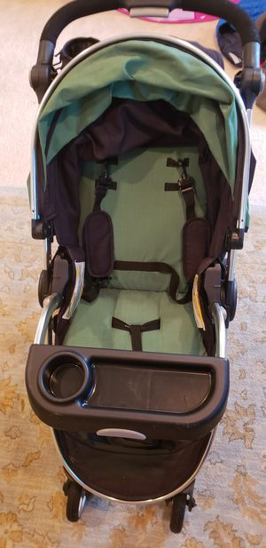 Ricardo Stroller green/black for Sale in Haymarket, VA