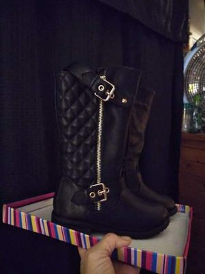 Brand New!! LITTLE GIRLS SZ13 MOTORCYCLE STYLE ZIPPERED BUCKLED BOOTS for Sale in Toledo, OH