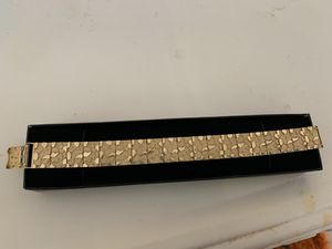 100% Real Gold 10k Nugget bracelet for Sale in Kissimmee, FL