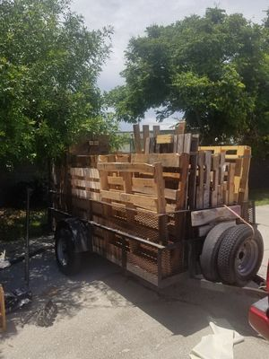 Free wood pallets. Pick up only. Extra$ for delivery. for Sale in BVL, FL