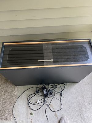 Reptile Enclosure with LED and radiant heat for Sale in Frederick, MD