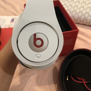BEATS by Dre for Sale in Commerce, CA