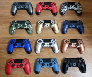 PS4 CONTROLLERS, READ DESCRIPTION FOR PRICES, No Trade, Great Condition for Sale in Garden Grove, CA