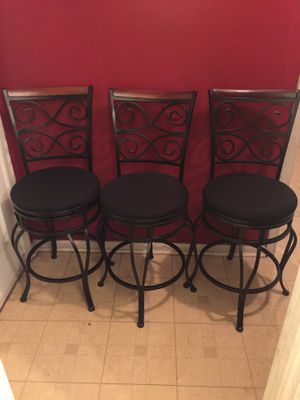 "3 barstools 24"" high for Sale in Raleigh, NC"